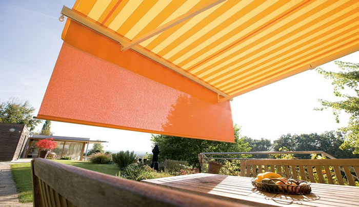helioshade-fabric-cassette-folding-arm-awnings vario valance Ozsun Shade Systems Sydney